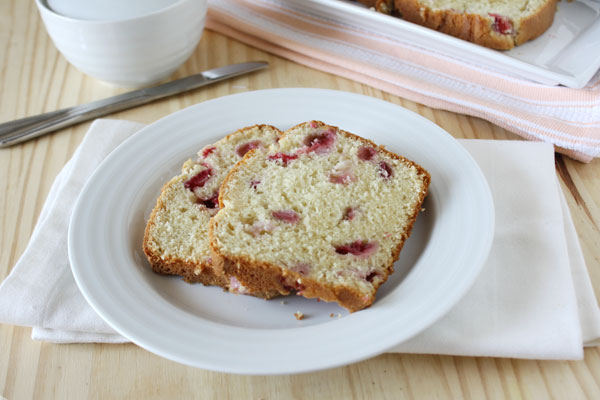 Post image for Quick, Easy, Fresh Strawberry Bread