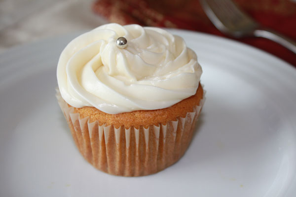mango cupcake