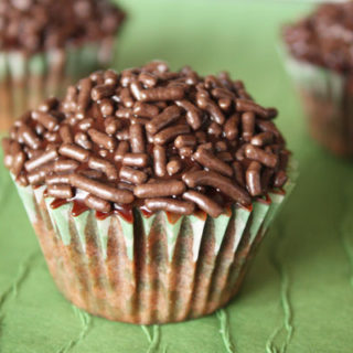 Dark Chocolate Cupcakes with Ganache