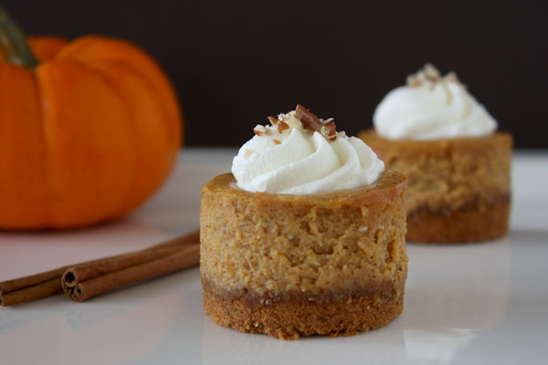 Mini Pumpkin Cheesecake Recipe Mini pumpkin cheesecakes.