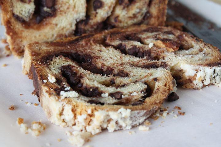 Close up a sliced chocolate babka loaf
