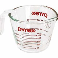 Pyrex Glass Measuring Cup