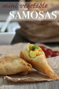Mini cocktail samosas filled with potato and vegetables.