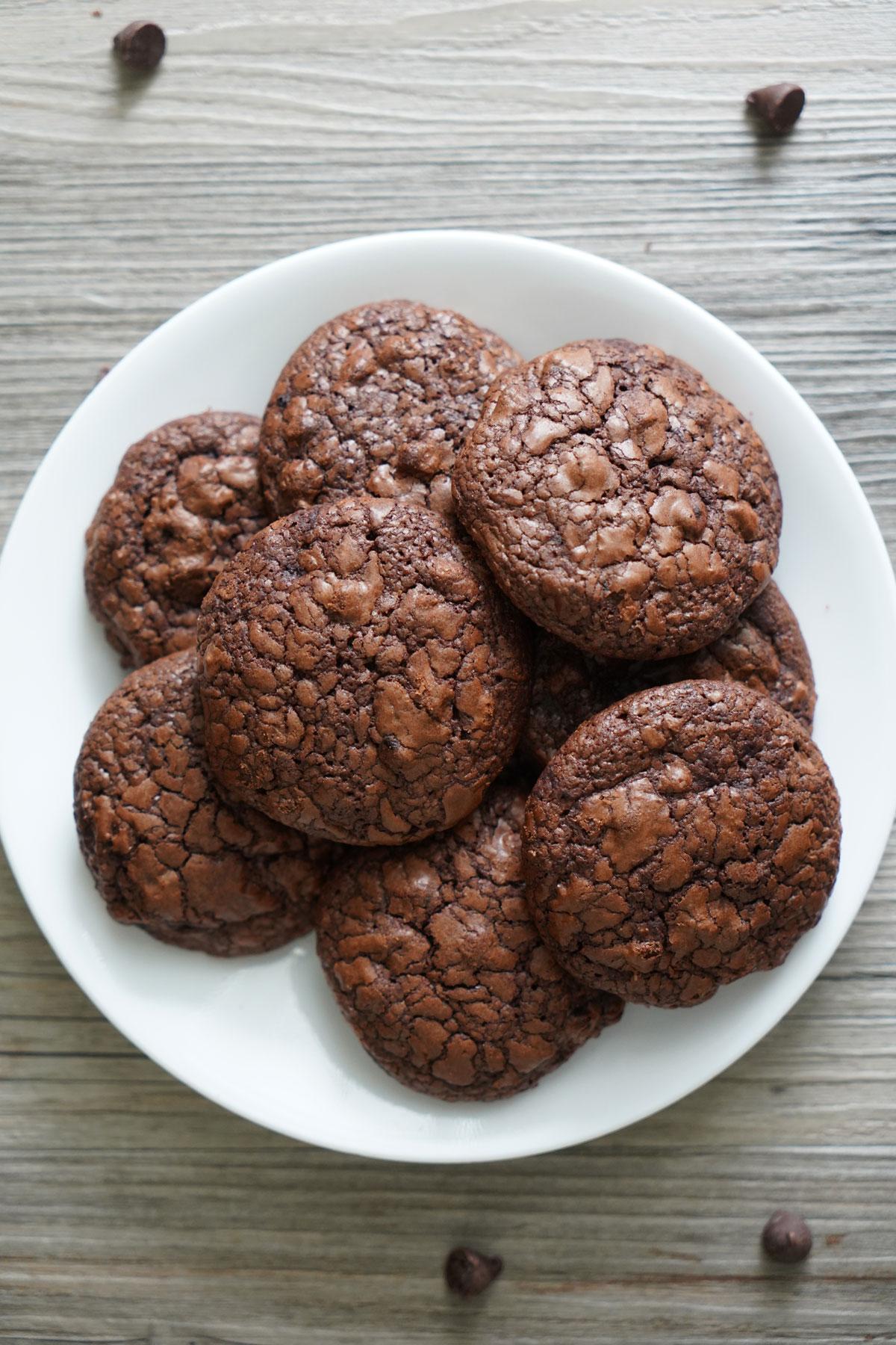 Top view of plate of Brownie Cookies